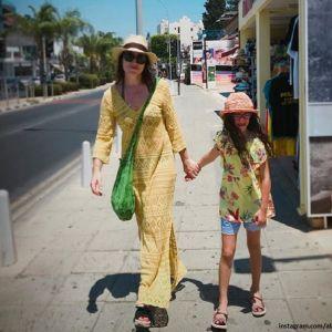 Подробнее: Младшая дочь Алены Хмельницкой снимается в кино