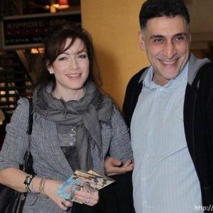 Подробнее: Отец Алены Хмельницкой обрадовался ее разводу с Тиграном Кеосаяном