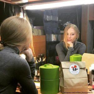 Подробнее: Светлана Ходченкова почувствовала себя мамой пока только в кино