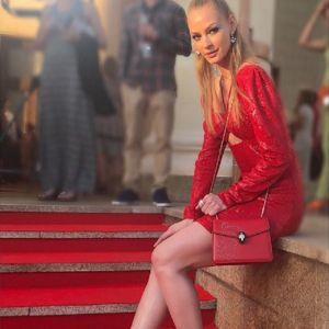 Подробнее: Светлана Ходченкова очаровала фото без макияжа