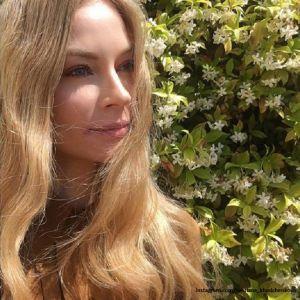 Подробнее: Светлана Ходченкова поделилась с отдыха кадрами в бикини