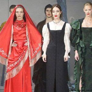 Подробнее: Светлана Ходченкова затмила моделей на модном показе в Париже