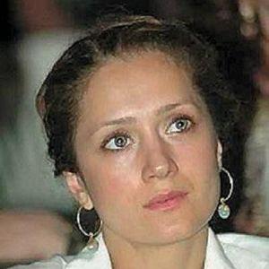 Подробнее: Виктория Исакова, обладающая библейской красотой, снялась в «Оттепели».