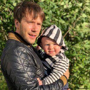 Подробнее: Иван Жидков воссоединился с матерью своего сына