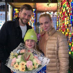 Подробнее: Иван Жидков показал повзрослевшую дочь от Татьяны Арнтгольц
