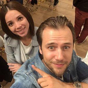 Подробнее: Гражданская жена Ивана Жидкова получает удовольствие от материнства