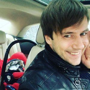 Подробнее: Иван Жидков собирается жениться на матери своего новорожденного сына