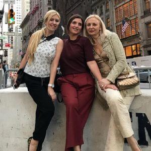 Подробнее: Жасмин отмечает круглую дату с подругами в Нью-Йорке