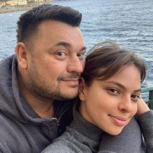 Подробнее: Сергей Жуков сфотографировал обнаженную жену