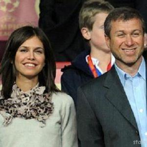 Подробнее: Дарья Жукова вышла за Абрамовича еще несколько лет назад