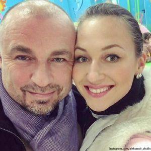 Подробнее: Александр Жулин зарегистрировал отношения с гражданской женой Натальей Михайловой