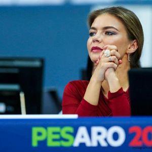 Подробнее: Алина Кабаева  побывала на церемонии открытия мирового чемпионата по художественной гимнастике в...