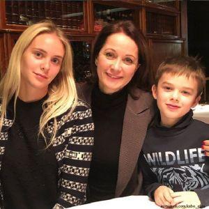 Подробнее: Ольга Кабо поздравила дочь с именинами и рассказала, чем она занимается