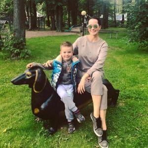 Подробнее: Ольга Кабо отметила первый юбилей сына