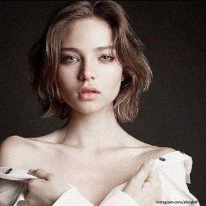Подробнее: Алеся Кафельникова обнажилась перед поклонниками