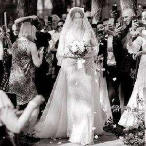 Подробнее: Настя Каменских поделилась жаркими кадрами из свадебного путешествия