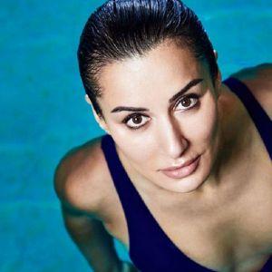 Подробнее: Тина Канделаки удивила неспортивной фигурой в купальнике