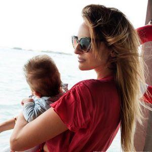 Подробнее: София Каштанова с грудным ребенком прилетела из Мексики в Москву