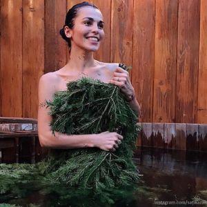 Подробнее: Сати Казанова сфотографировалась с мужчинами в бане