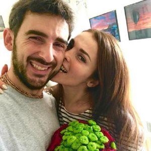 Подробнее: Сати Казанова еще раз отпраздновала свадьбу уже на родине мужа