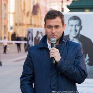 Подробнее: Александр Кержаков больше не носит обручальное кольцо
