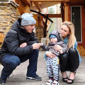 Подробнее: Жена Александра Кержакова призналась, что она наркоманка