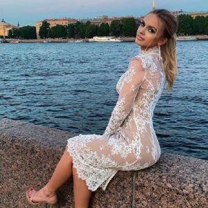 Подробнее: Бывшая жена Александра Кержакова закрутила роман с юнцом