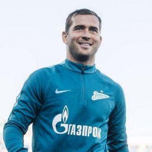 Подробнее: Александр Кержаков ушел из большого футбола