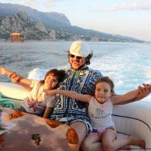Подробнее: Филипп Киркоров признался, что по-настоящему полюбил детей только сейчас