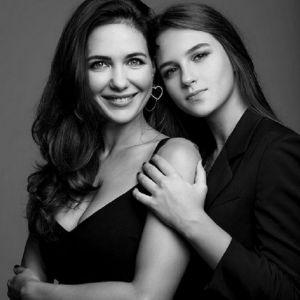 Подробнее: Екатерина Климова призналась дочери в любви в день ее 17-летия