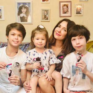 Подробнее: Екатерина Климова с Гелой Месхи поддержали 4-летнюю дочь на танцевальном конкурсе