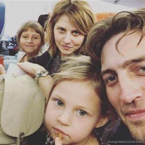 Подробнее: Иван Колесников рассказал о проблемах в семье