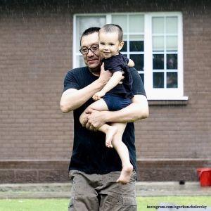 Подробнее: Егор Кончаловский вместе с 2-летним сыном вручит премии за благотворительность