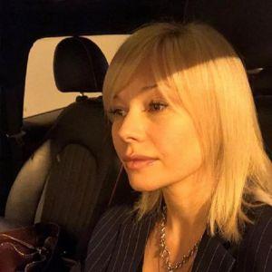 Подробнее: Елена Корикова  могла стать матушкой, но выбрала другую судьбу