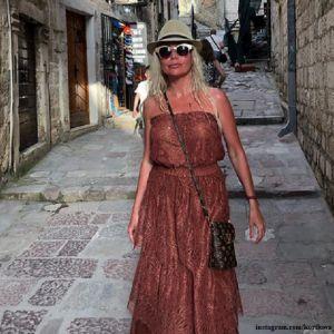 Подробнее: Елена Корикова первый раз показала свой дом у моря в Черногории