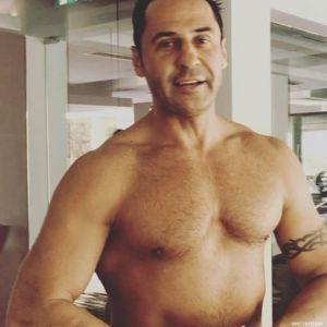 Подробнее: Стас Костюшкин голый исполнил пародию на песню группы «Грибы» (видео)