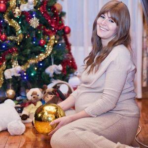 Подробнее: Мария Кожевникова рассказала, как она поправилась на сорок килограммов