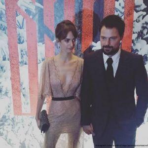 Подробнее: Данила Козловский и его подруга с умопомрачительным декольте посетили премьеру «Викинга»