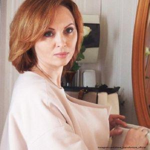 Подробнее: Бывший муж продолжает скандалить с Еленой Ксенофонтовой из-за квартиры