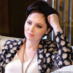 Подробнее: Елена Ксенофонтова смогла выиграть суды против бывшего мужа
