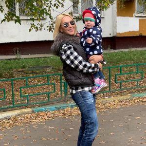 Подробнее: Лера Кудрявцева показала, как педагог занимается с ее годовалой дочерью