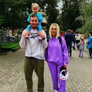 Подробнее: Лера Кудрявцева сводила дочку в парк мультфильмов (видео)