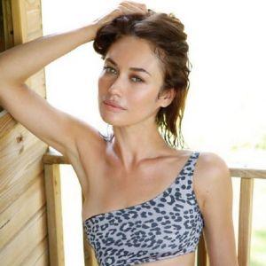 Подробнее: Ольга Куриленко показала фото в купальнике с отдыха во Франции