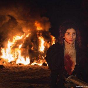 Подробнее: Равшана Куркова в видеоклипе «Три ведьмы»