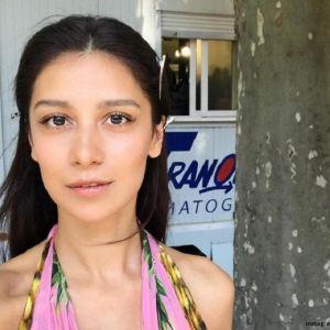 Подробнее: Равшана Куркова рассказала о съемках в сериале «А у нас во дворе»