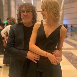 Подробнее: Владимир Кузьмин  с бывшей женой тайно обвенчались