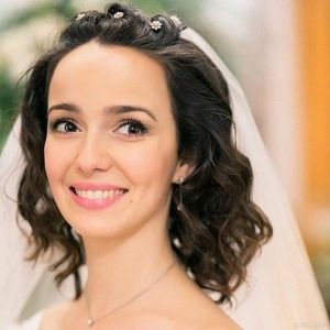 Подробнее: Валерия Ланская в первый день весны вышла замуж