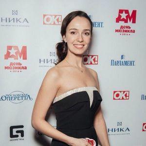 Подробнее: Валерия Ланская нашла себе вторую работу
