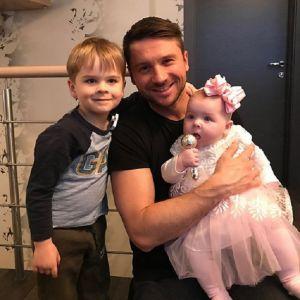 Подробнее: Сергей Лазарев растрогал фото с подросшими сыном и дочкой