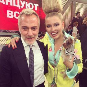 Подробнее: Лена Ленина соблазняет танцующего миллионера из Италии